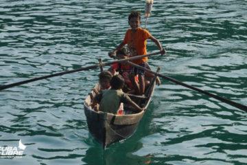 Scuba Libre Adventures_Burma Tour_Thai Sea_Moken children paddling_850